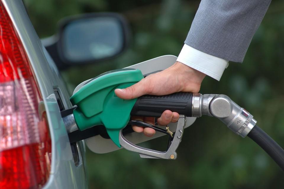 Cijene goriva nepromijenjene: Dizel 1,11 euro, super 1,28