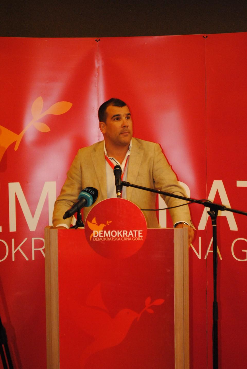 Krapović: DPS opet radi protiv interesa građana Budve