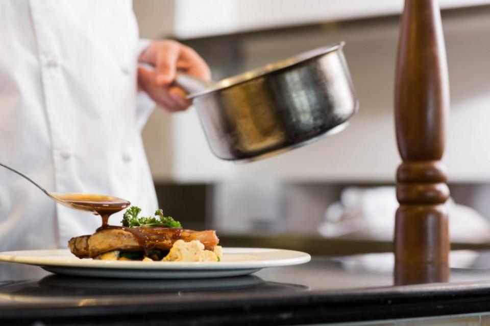 Stipendija od 70 eura za buduće kuvare i konobare u Budvi