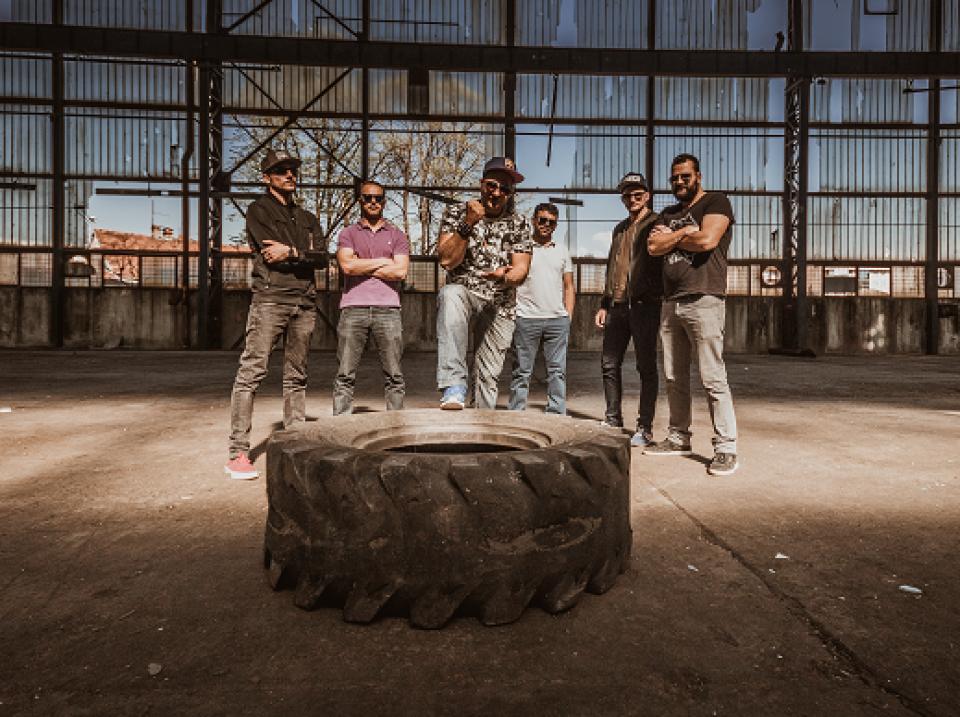 Budvanski bend Mazzom u fugazzu objavio drugi singl, u najavi prvi album