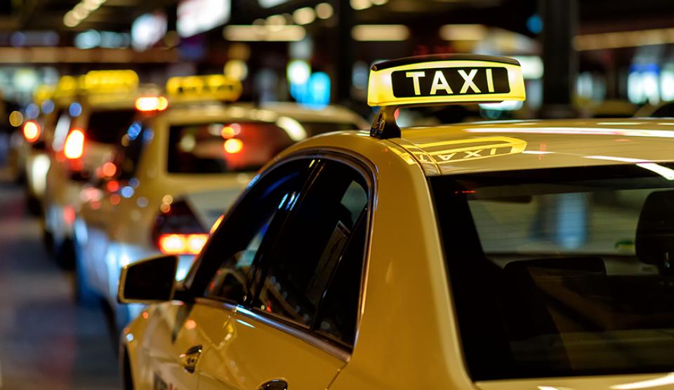 Taksisti zadovoljni opštinskom Odlukom o taksi prevozu