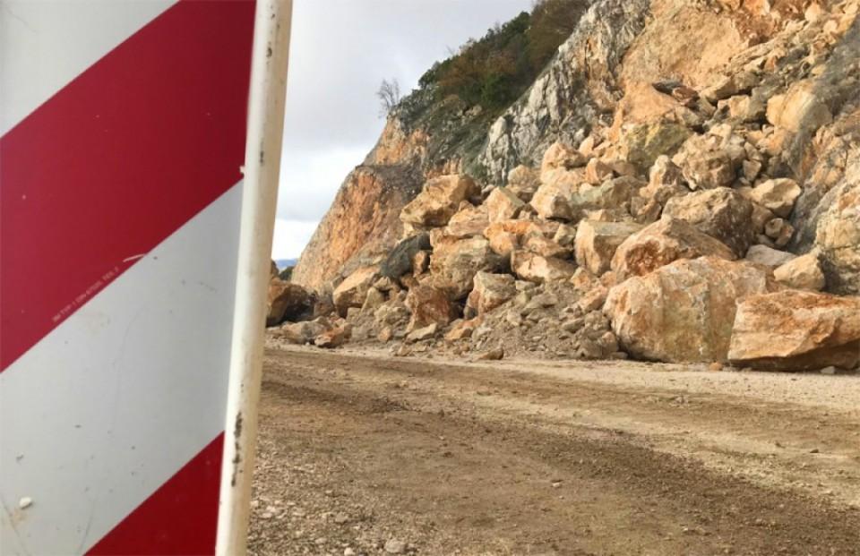 Put Cetinje-Budva i dalje neprohodan