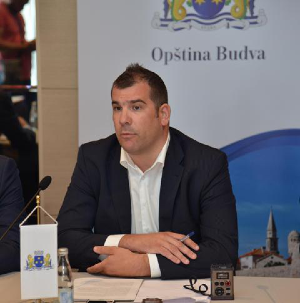 Krapović: Cilj nisu izbori već da se istraje u četvorogodišnjem mandatu